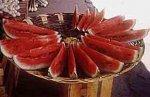 Совет о том, как правильно разрезать арбуз