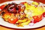 Курица, запеченная в соусе с картошкой